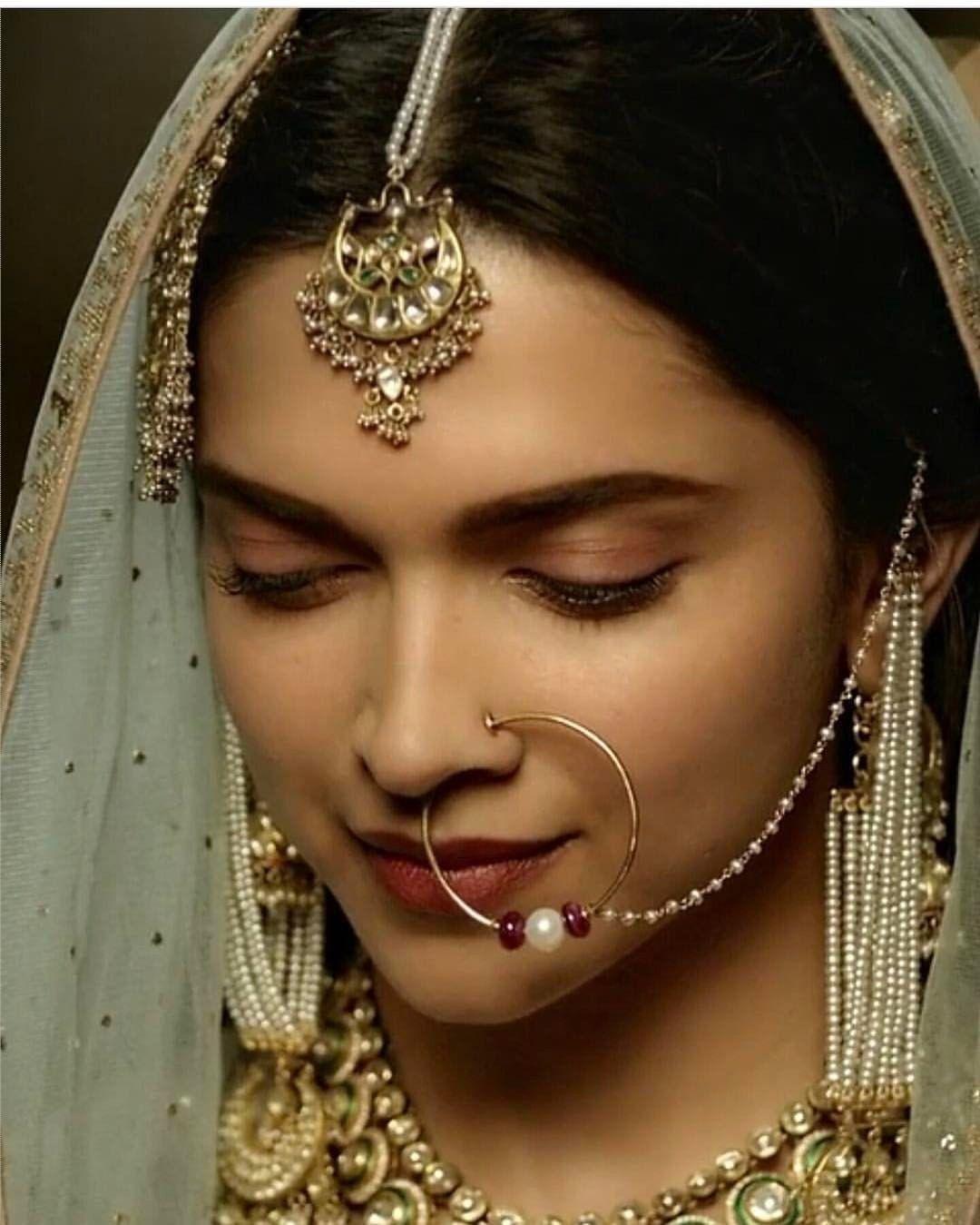 Pin by Nazeefa Khan on Art (Jewellery, Mendhi, Nails ...