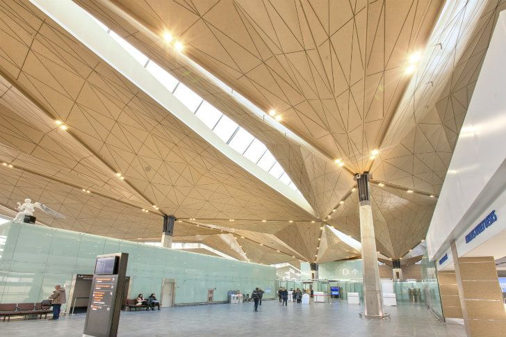Grimshaw's Sculptural, Light-Filled Pulkovo Aiport Opens in St. Petersburg
