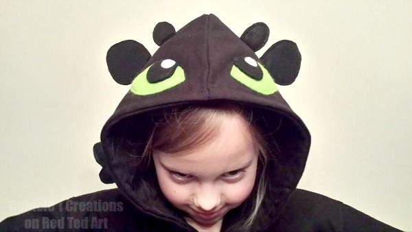 As You Know Every So Often A Reader Shares Some Fabulous Crafty Goodness With Me I Then Ask If They Wou Diy Dragon Costume Dragon Costume Toothless Costume