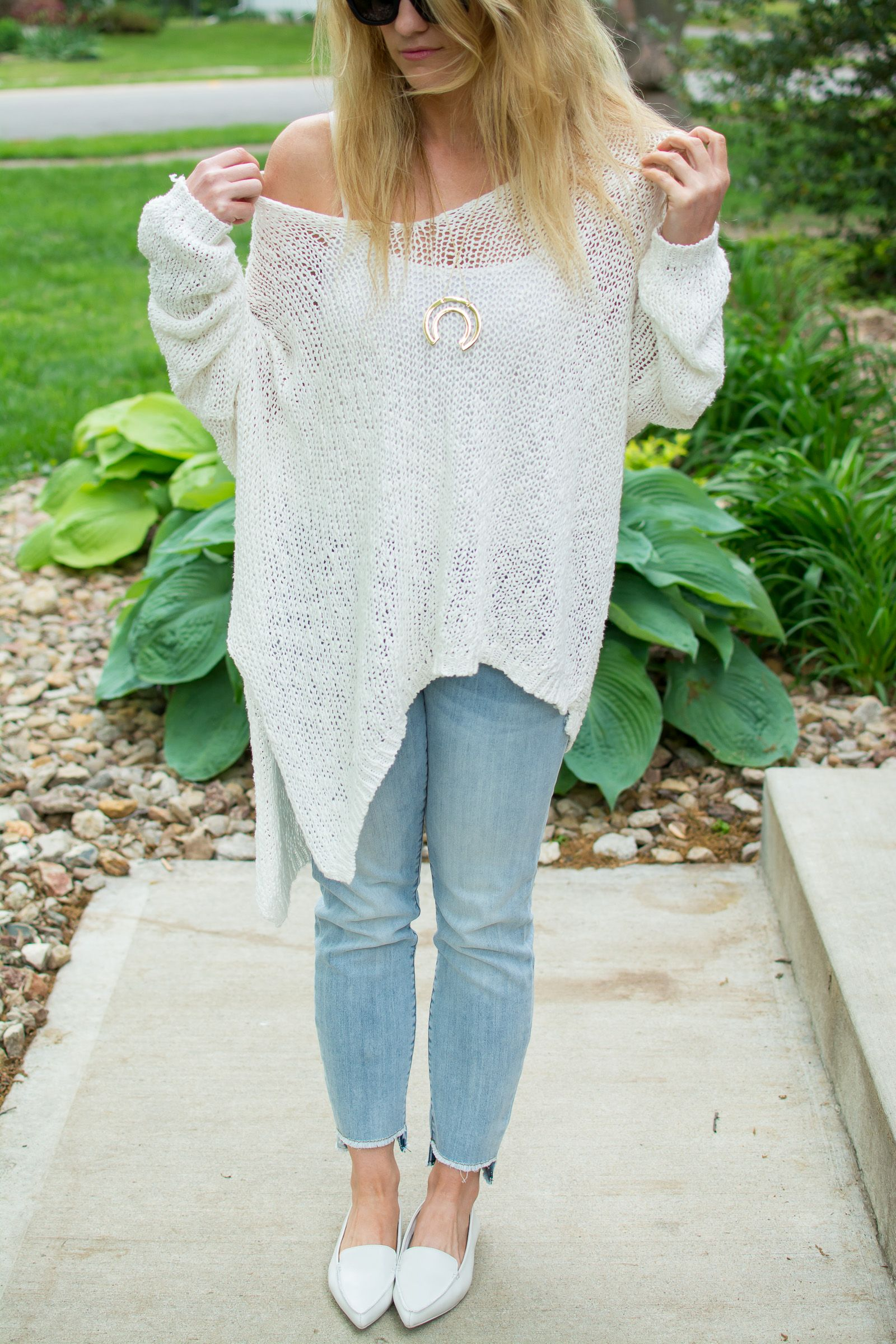 33b586629b Styling Spring Whites with a Free People Sweater.