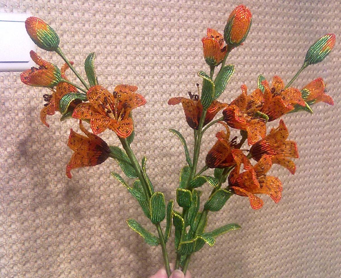 Тигровая лилия из бисера видео мастер класс