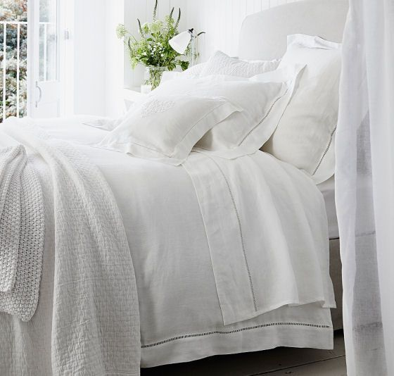 The Ultimate Collection Country Greats: Dreamy Pure White Linen Sheets And Duvet Covers