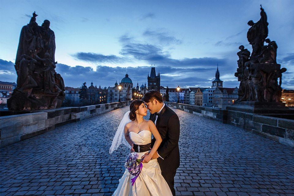 Asian Pre-Weddings & Weddings in Europe: {Pre-Wedding in Prague}
