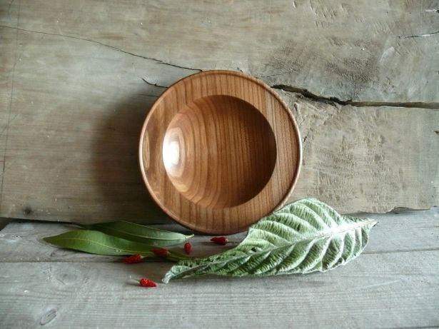 Small Wooden Serving Plate by Bianca and Sons on Gourmly