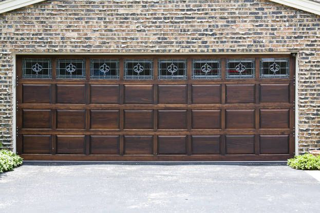 10 Garage Door Safety Tips Wooden Garage Doors Garage