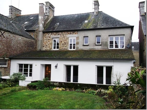 4 Bedroom House for sale For Sale in Mayenne, FRANCE - Property Ref: 702247 - Image 1