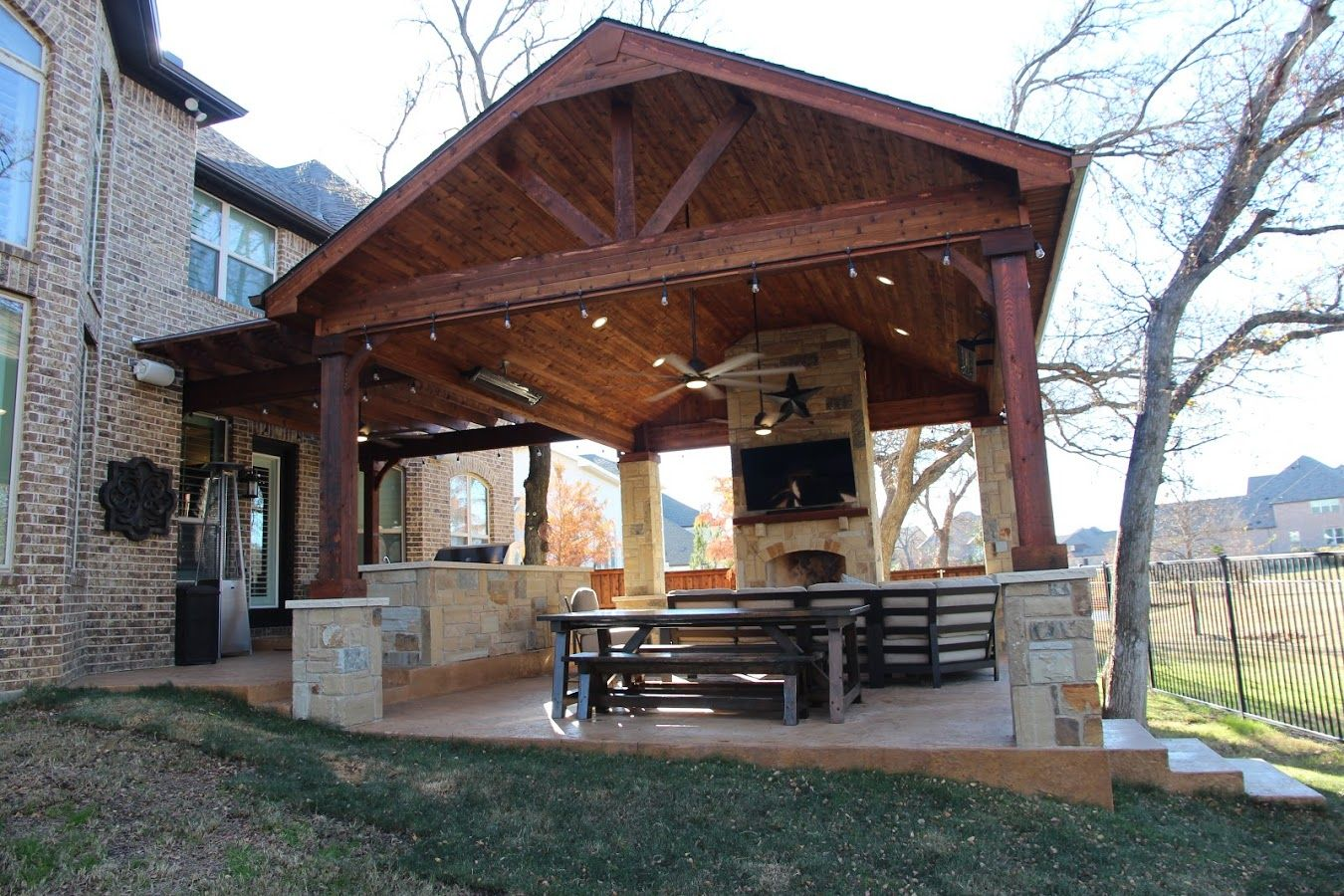 Outdoor Living Lewisville Texas Texas Traditions Outdoors Outdoor Kitchen Patio Projects Outdoor Kitchen Outdoor Living