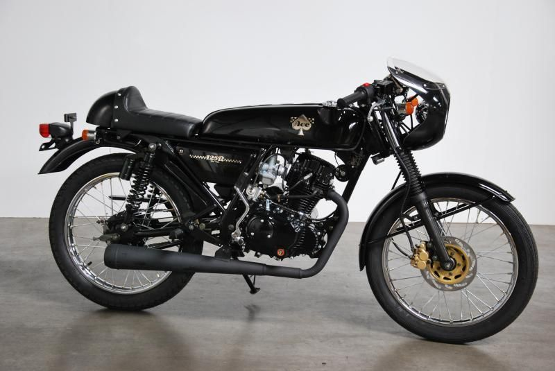 skyteam ace 125 cc silver black frame or all black. Black Bedroom Furniture Sets. Home Design Ideas
