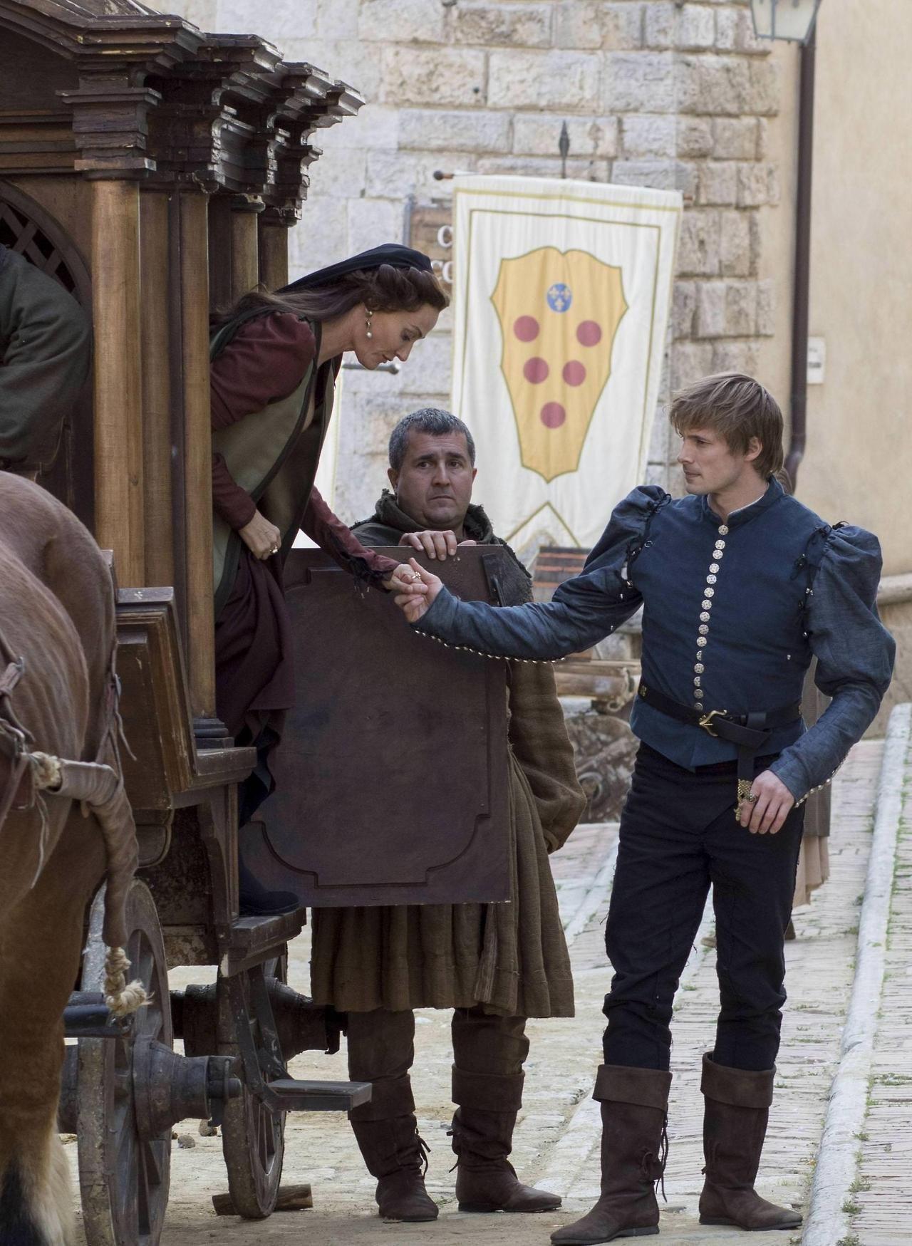 Bradley James and Sarah Parish on the 'Medici 2′ set in ...