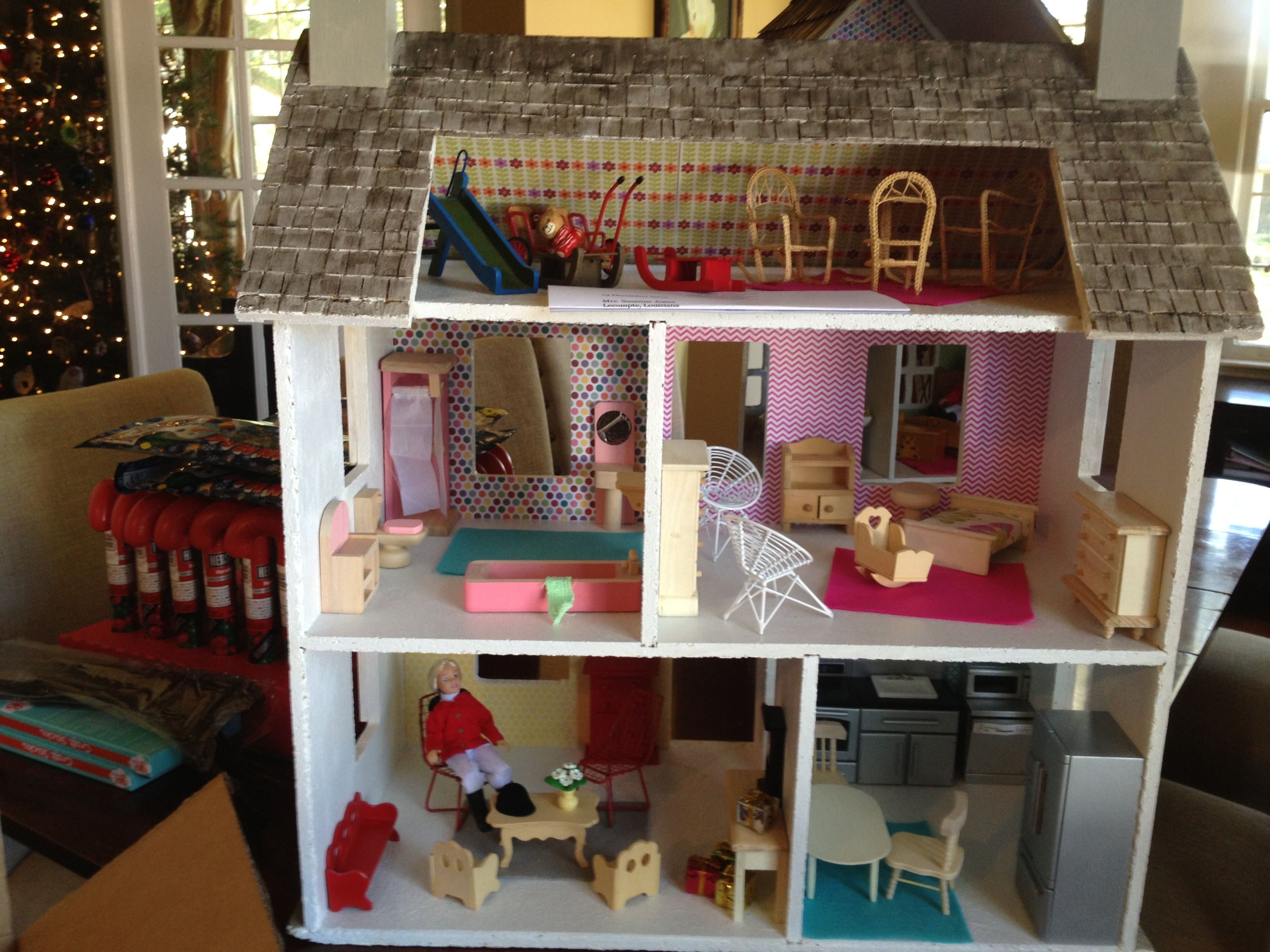Modern Dollhouse renovation for a special christmas present