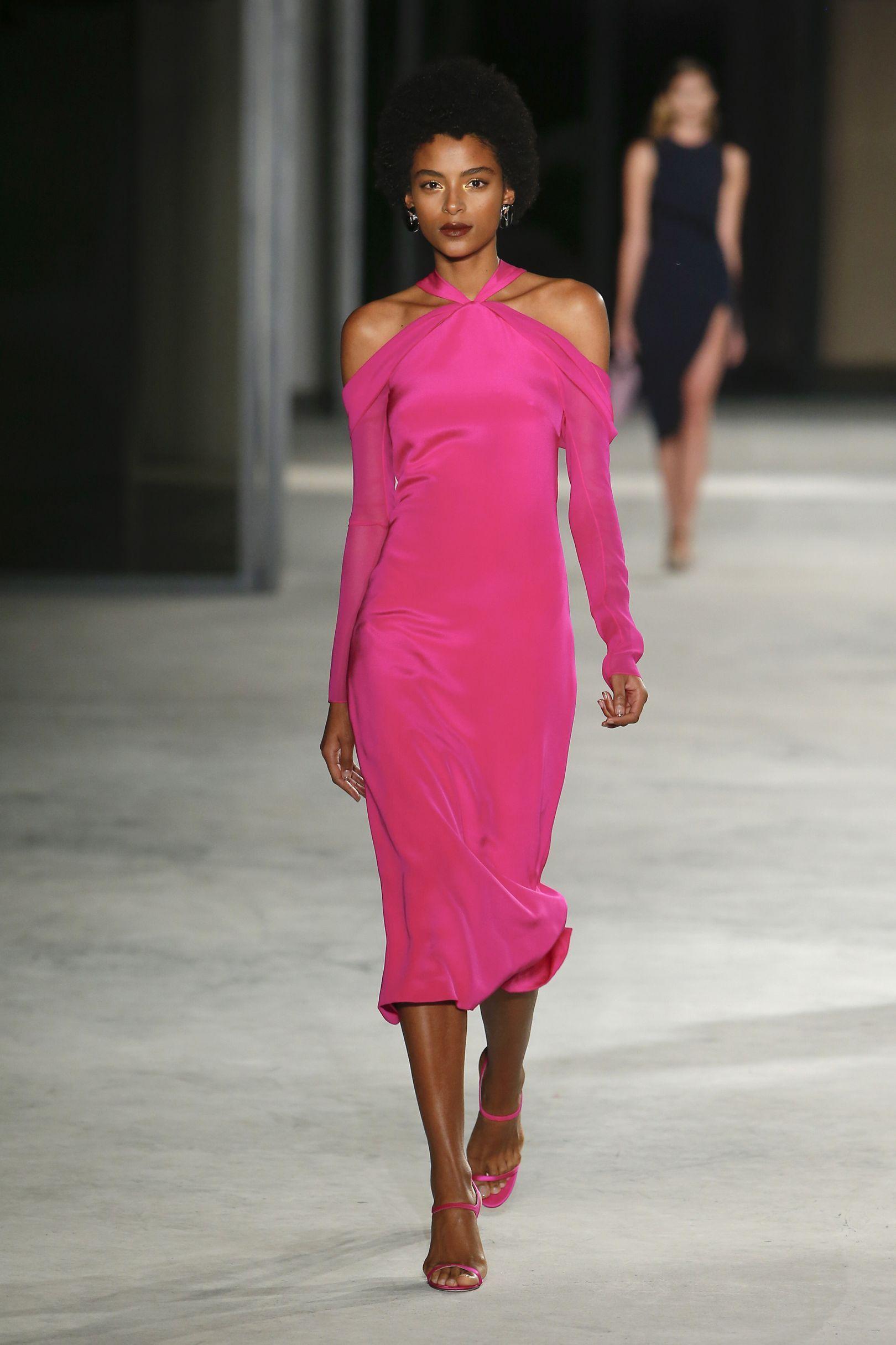 Pink dress design 2018  Cushnie et Ochs AutumnWinter  Ready To Wear  Autumn Winter