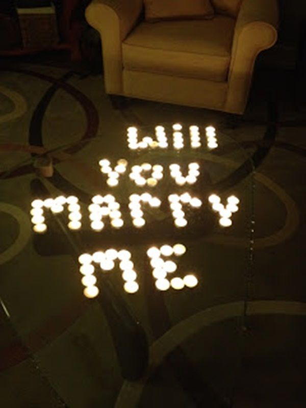 Romantic way to propose to your girlfriend