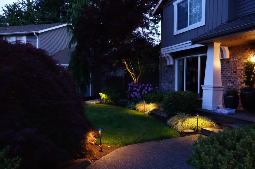 Photo Gallery Outdoor Lighting Perspectives Of Puget Sound In 2020 Landscape Lighting Outdoor Lighting Outdoor