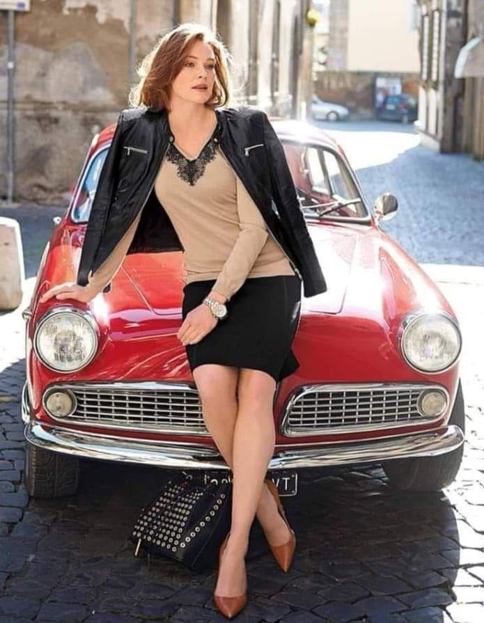 #Alfa Romeo classic cars #classiccarsphotographyalfaromeo #alfaromeospiderduetto…