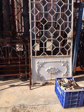 Antigua puerta de hierro y cristal   Rejas   Hierro ...