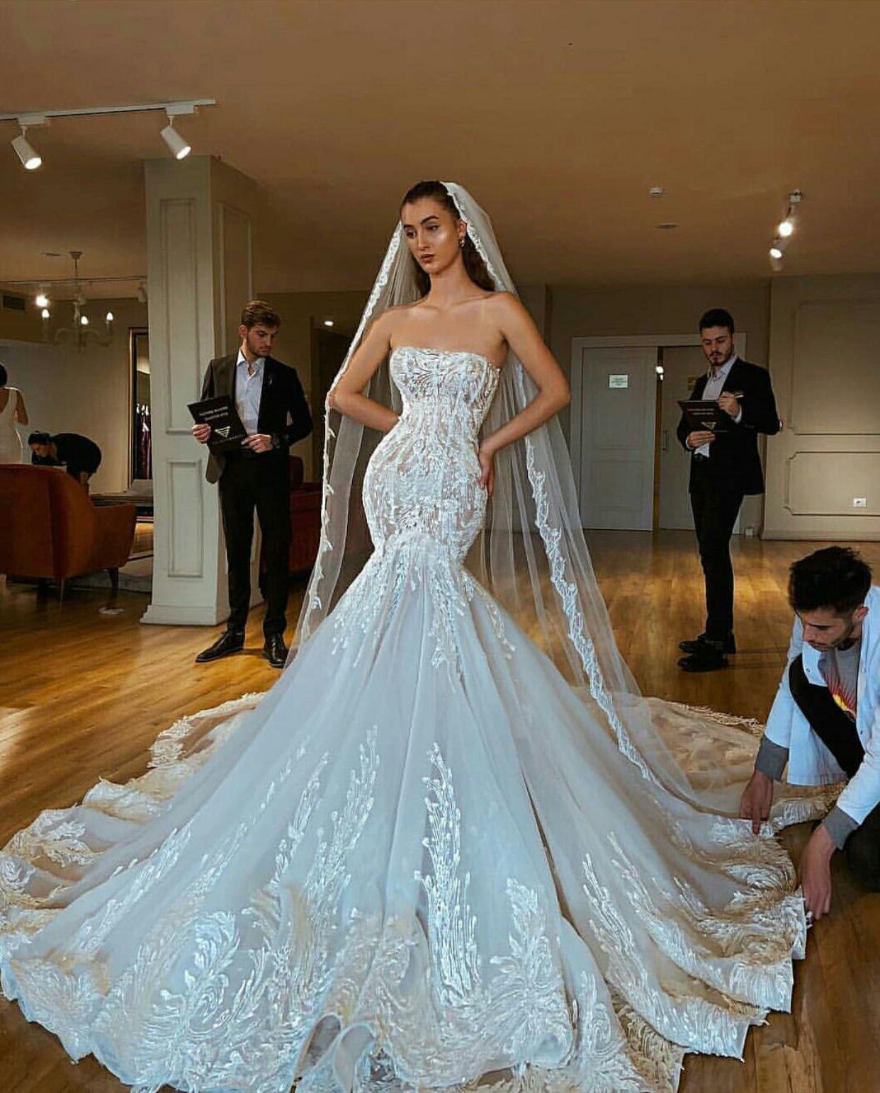 Pin By Miss Pink On Weddings Mermaid Wedding Dress Wedding Dresses Dream Wedding Dresses