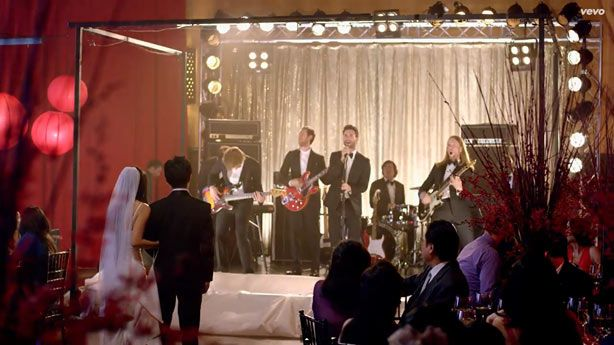 Maroon 5 Crashed Weddings To Film New Sugar Video Maroon 5 Good Music Maroon