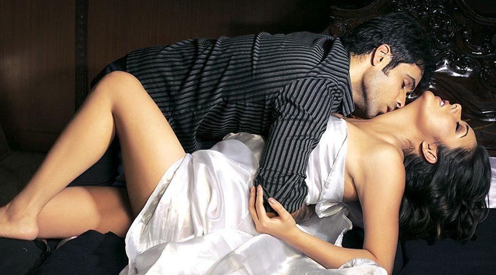 Emraan Hashmi Serial Kisser | Hindi Movie News | Pinterest ... Udita Goswami Hot Scene With Emraan Hashmi