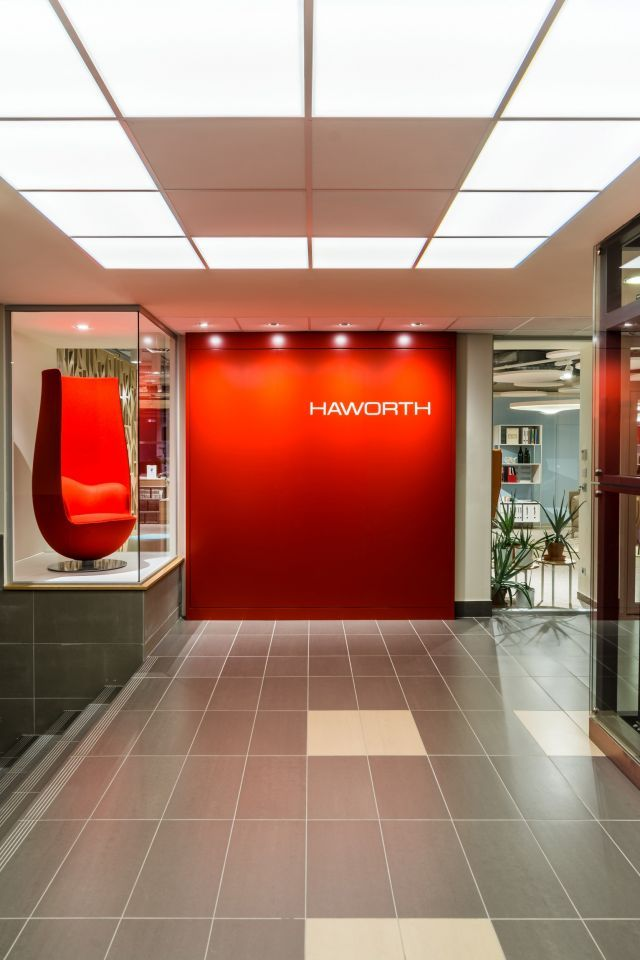 Világszínvonalú Haworth showroom a Graphisoft Parkban | design.hu