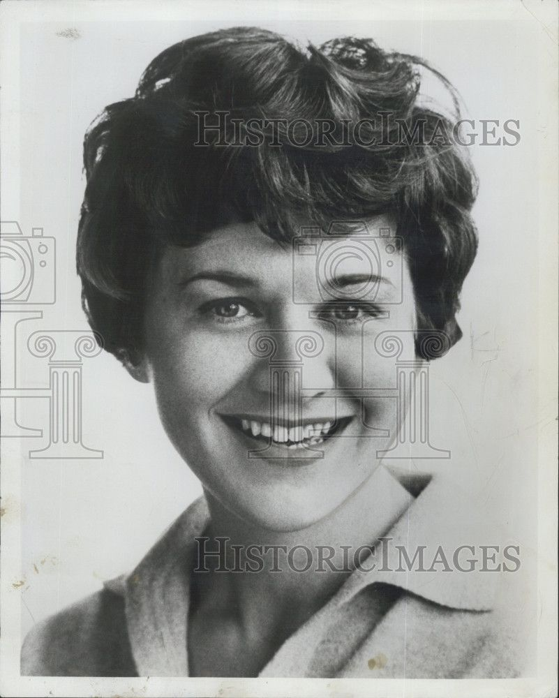 Watch Patricia Routledge (born 1929) video