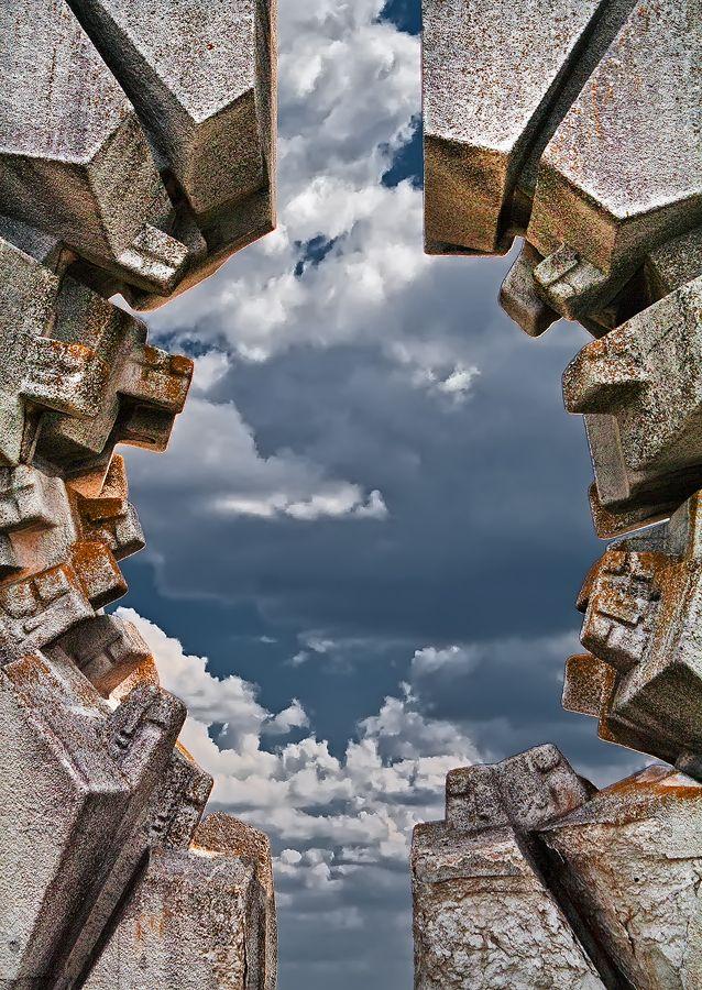 Battle Of Sutjeska Monument Architecture Art Brutalist Architecture Public Art