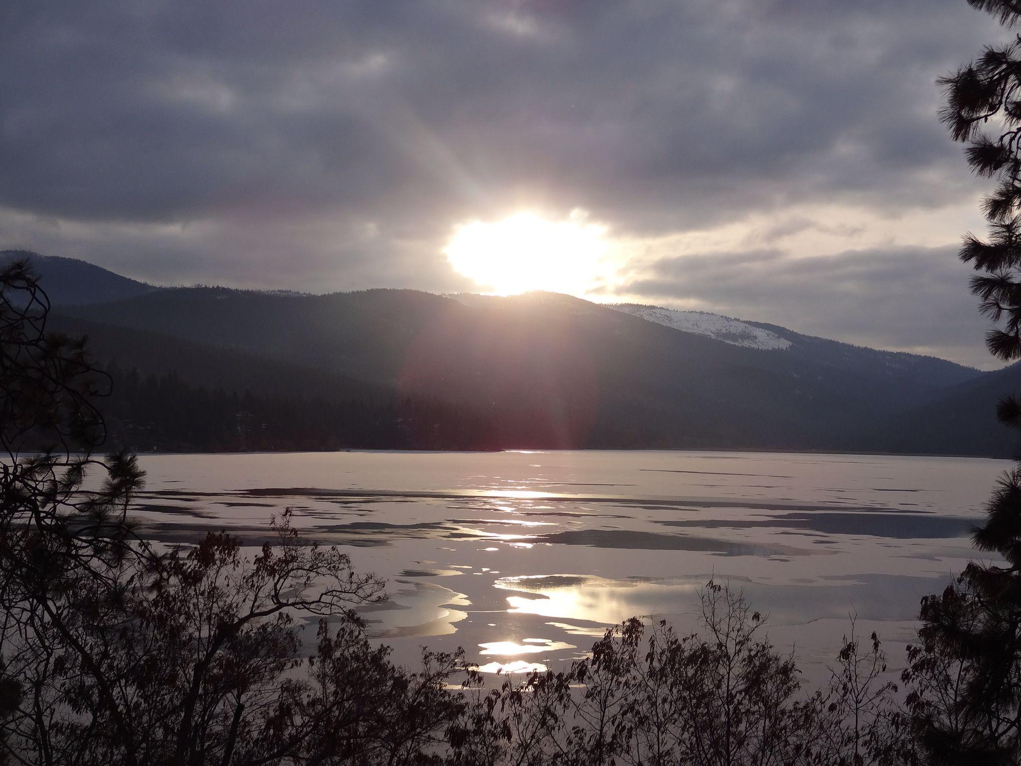 Brrrrrr... Liberty lake, Lake, Sunset