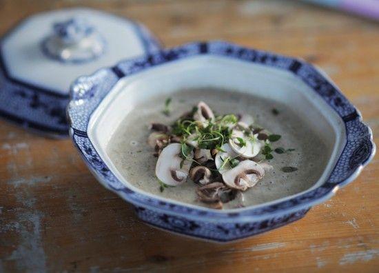 Simple Tasty Organic Mushroom Soup