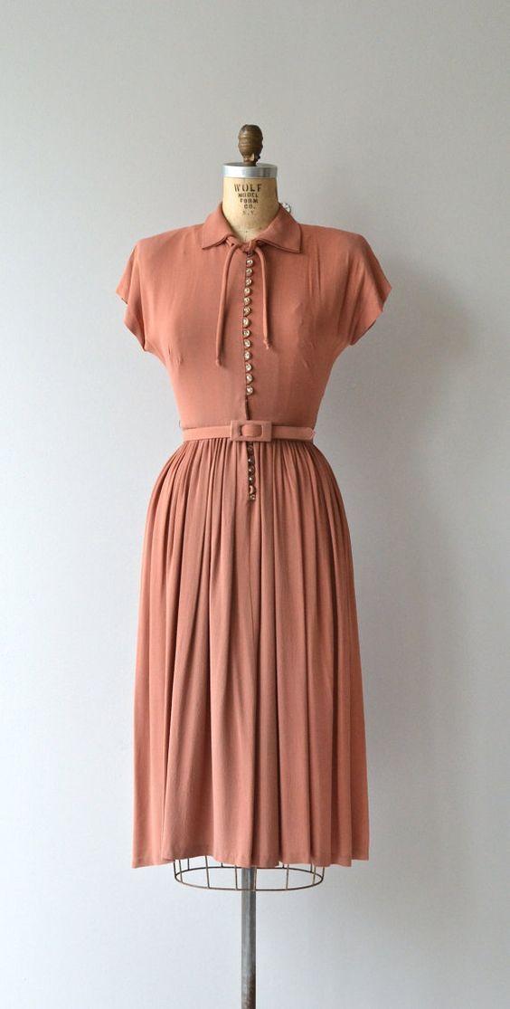 Five 40s Dresses That Capture The Era: 1940's Crepe Dress In 2019