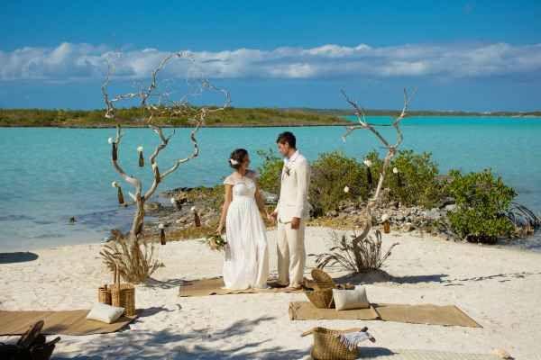 Caribbean Destination Wedding Accessories | Wedding Fashion | Beach Style