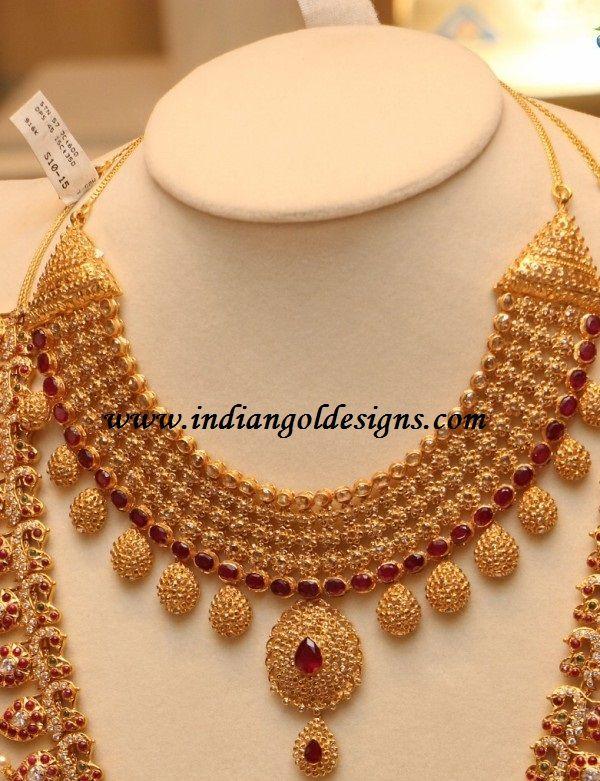 Checkout 22k gold uncut diamond bridal necklace studded with