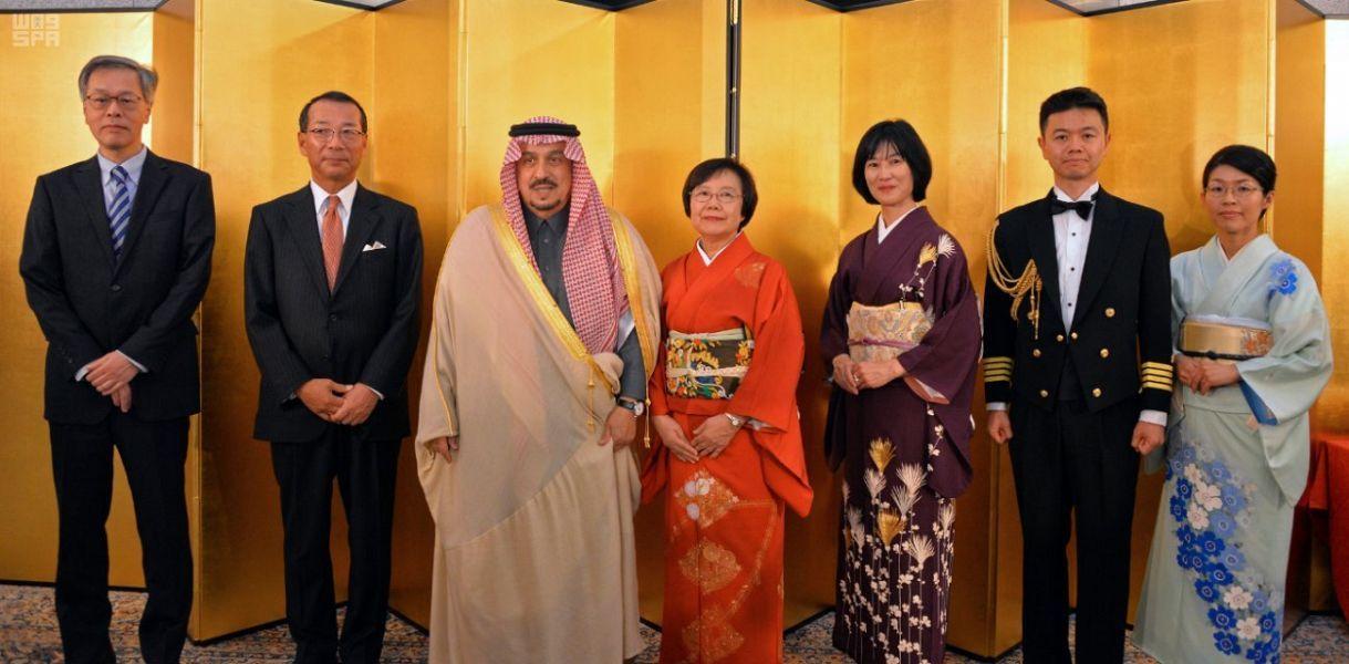 5 صور لحضور فيصل بن بندر حفل سفارة اليابان Fashion Sari Saree