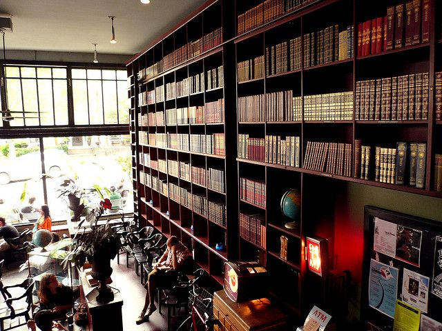 Bookporn 13 Bauhaus Cafe Seattle Seattle Coffee Seattle Coffee Shops Coffee Shop