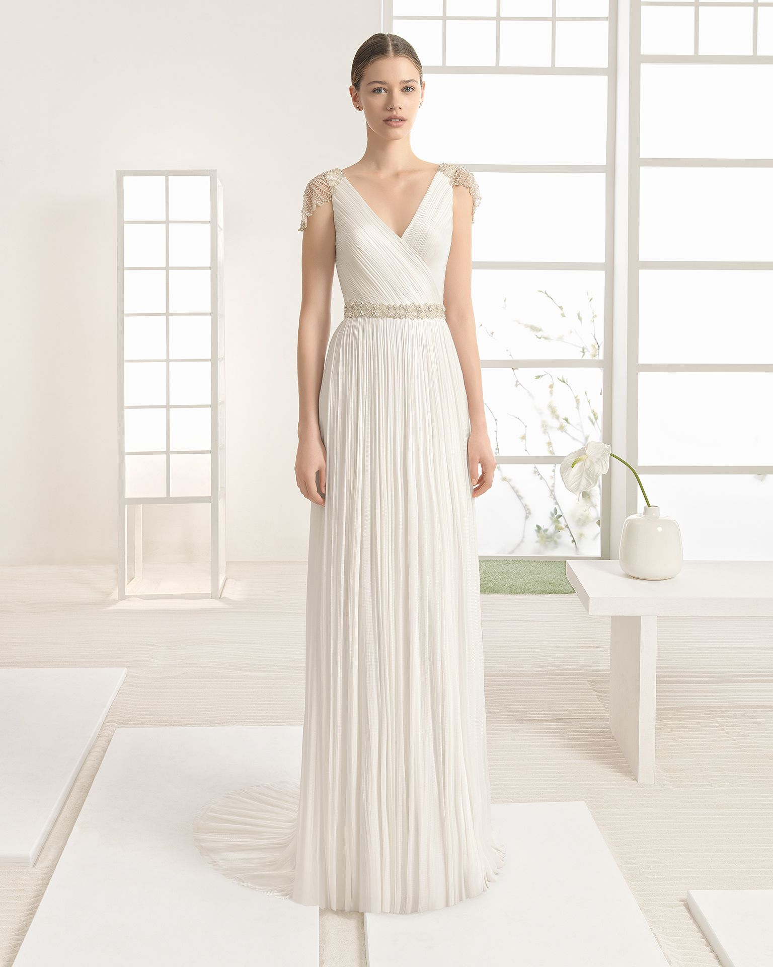 Modern dress des moines - Schaffer S In Des Moines Iowa Carries Rosa Clara Style Walram Lightweight Silk Muslin Dress With V Neck And Jewelled Back With Frosted Beading