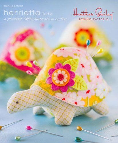 Henrietta Turtle- Sewing Pattern by Heather Bailey MP002-HT | crafts ...