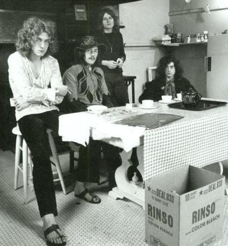 Good Night Posterous Led Zeppelin Robert Plant Led Zeppelin Zeppelin