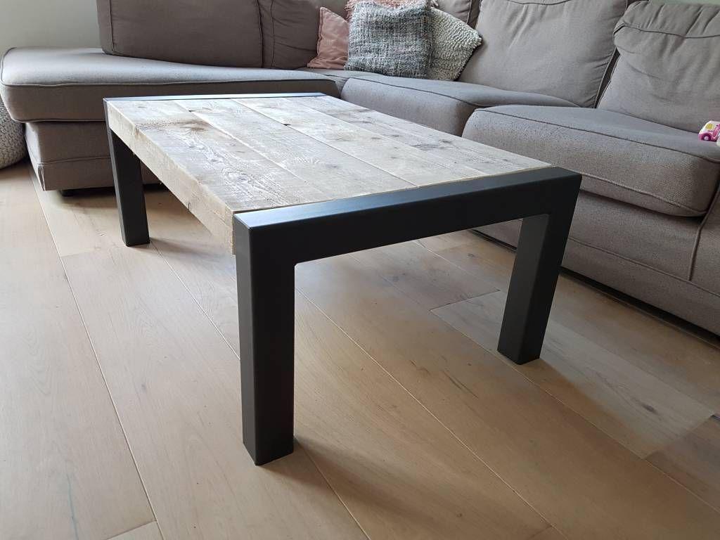 Eettafel naar wens samen te stellen firma hout staal