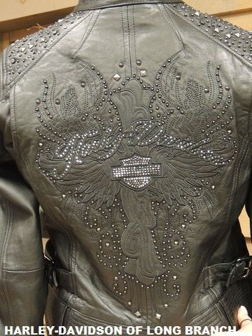 The Detail On The Back Of This Ladies Harley Davidson Leather Is Fantastic Stop In And Try It On Harley Davidson Buell Of Long Branch Www Harley Davidson Bikes Harley Davidson Motorcycles Harley Davidson