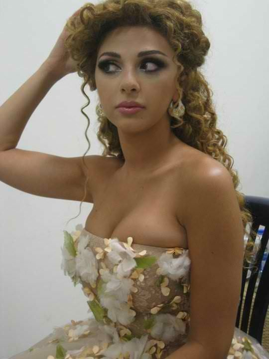 Myriam Fares 3 Curly Hair Inspiration Curly Hair Styles Curly Hair Styles Naturally