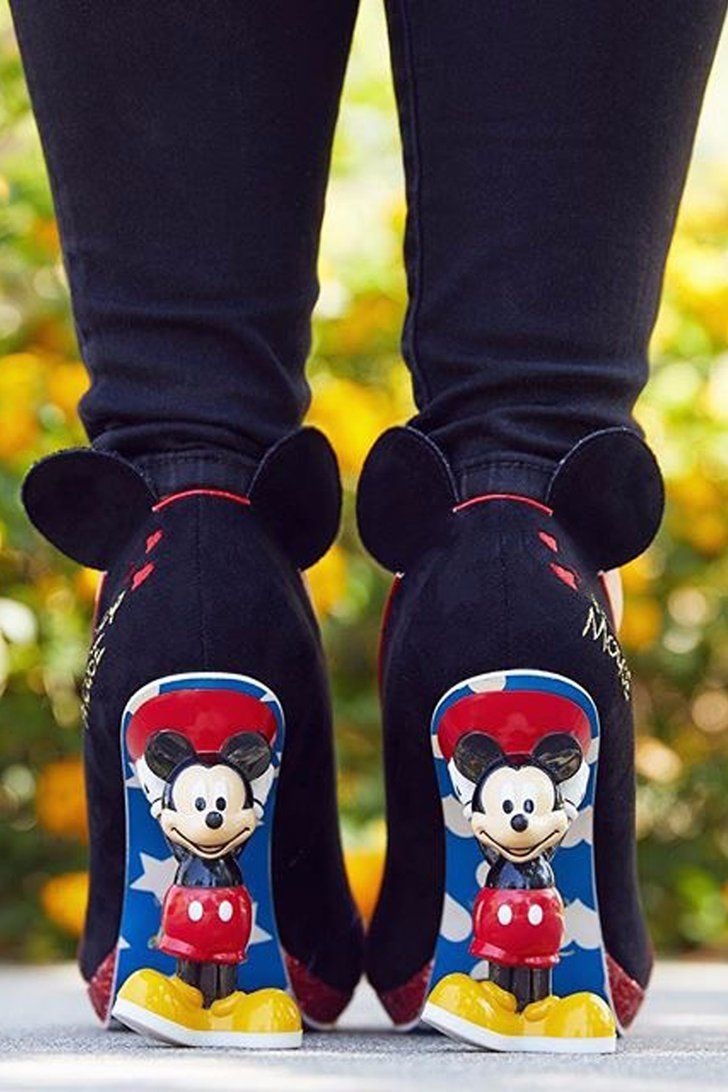 48fab99759582 Click These Mickey Heels and Say