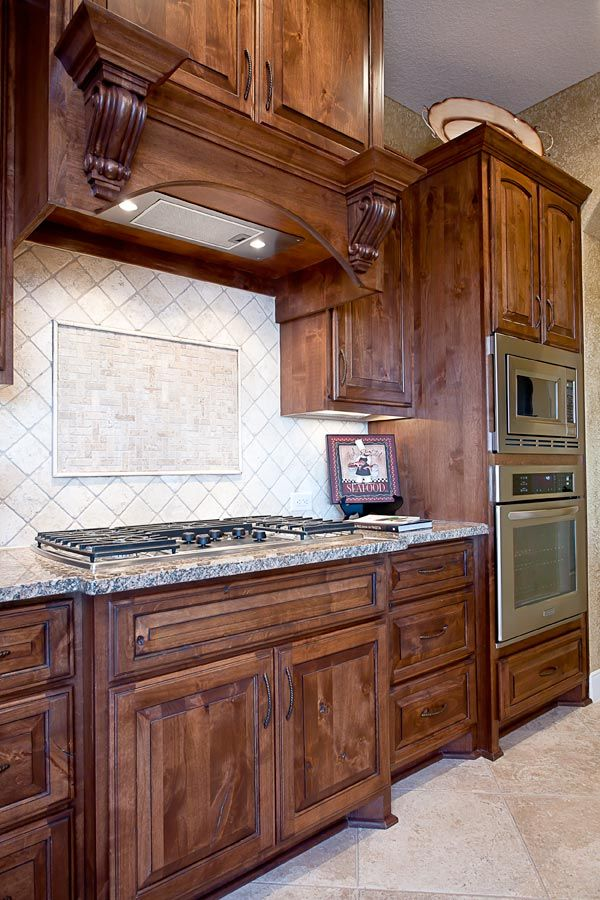 Jessica Faircloth This Color Counter And Backsplash Looks Good With Stained Cabinets