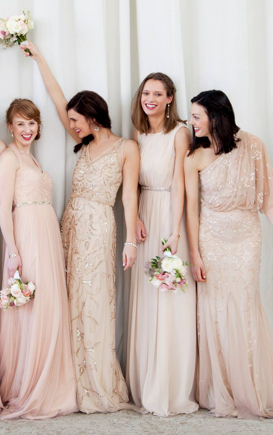 Nude and Blush Gowns | Brautjungfer, Brautjungfern und ...