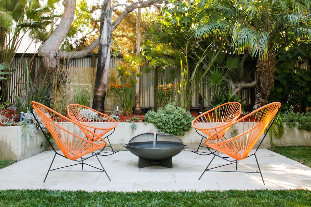Mid Century Modern Patio Reveal With Images Modern Outdoor