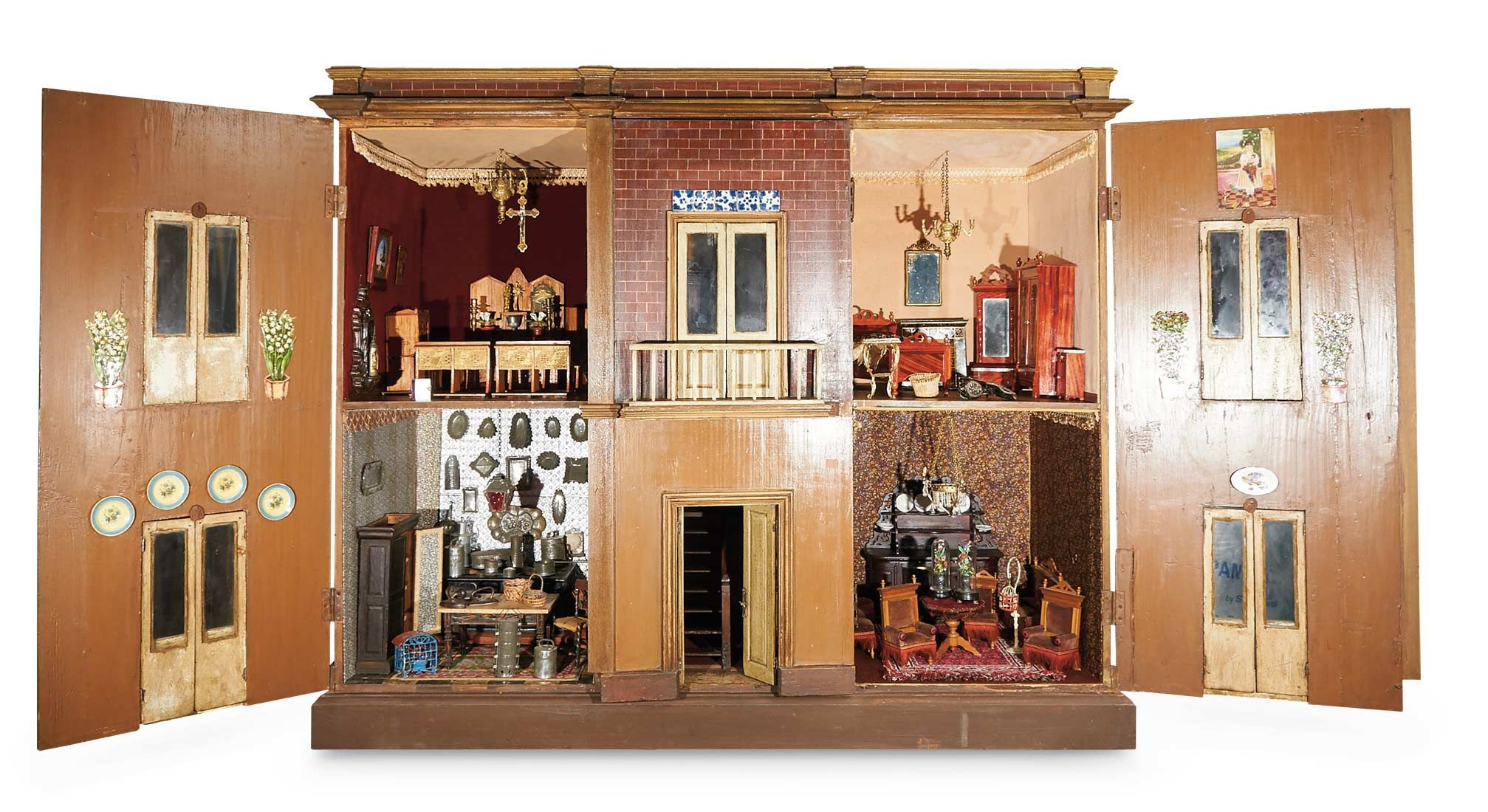 Spanish Wooden Furnished Dollhouse With Chapel And Center