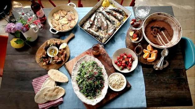 Leichte Sommerküche Jamie Oliver : Jamie oliver gegrillte sardinen in 2018 meals in heels pinterest