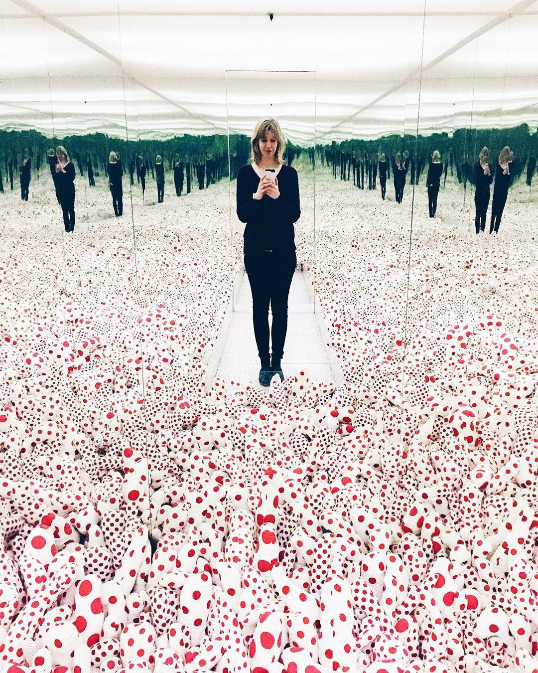 Mirror Room: This Infinity Mirror Room By Yayoi Kusama Was Asking For A