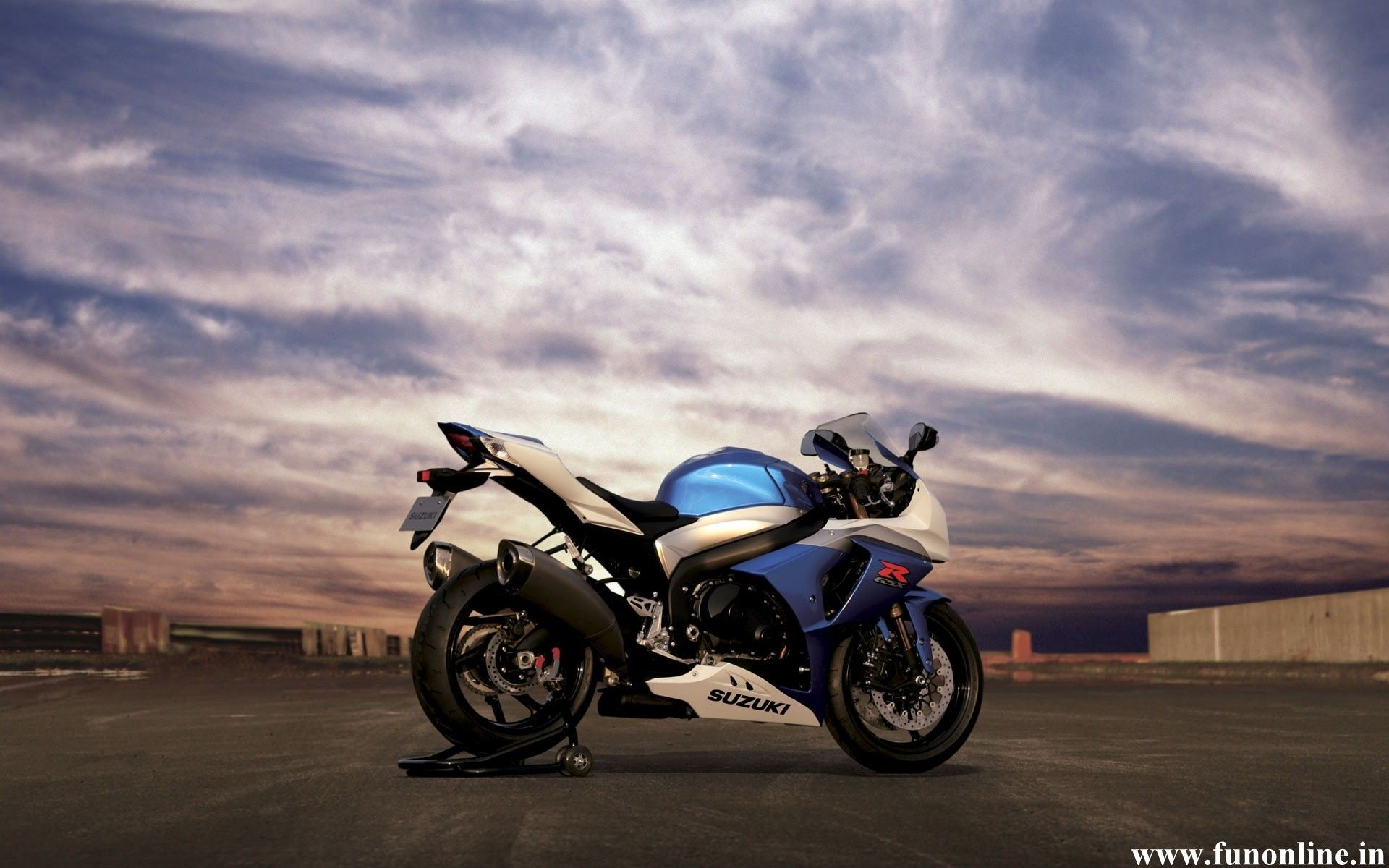 Iphone 6 Sport Bike Wallpapers Hd Desktop Backgrounds 750x1334 Motorcycle Wallpaper Super Bikes Sport Bikes