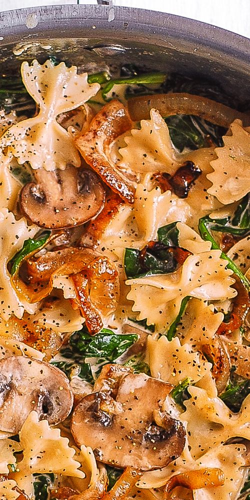 Bow Tie Pasta with Spinach, Mushrooms, Caramelized