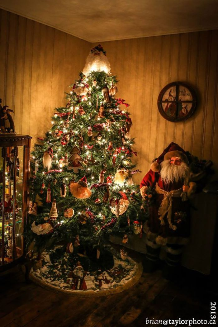 Country Christmas House Tour Christmas houses and Christmas tree