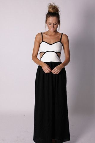 this is it, this is my 15th year dress!!! sooki maxi dress too bad its sold out :(