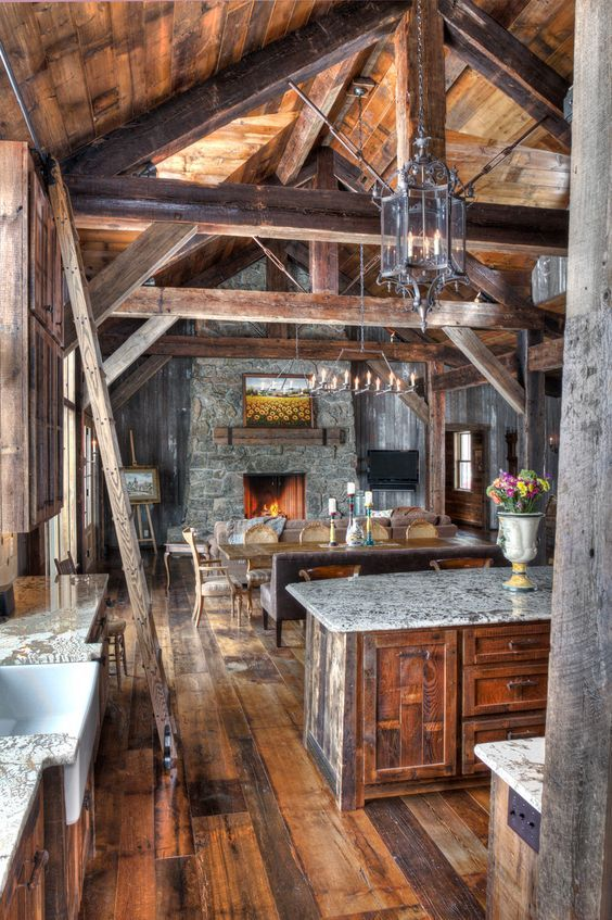 Rustic House, Log Home Decorating